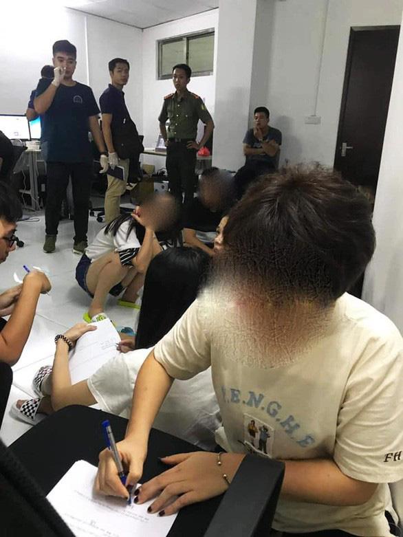 Vụ đánh bạc quy mô lớn tại Hải Phòng: 400 người Trung Quốc điều hành - Ảnh 1.