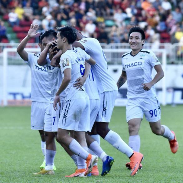 Vòng 18 V-League 2019: Bi hài kịch trên sân Thanh Hóa - Ảnh 1.