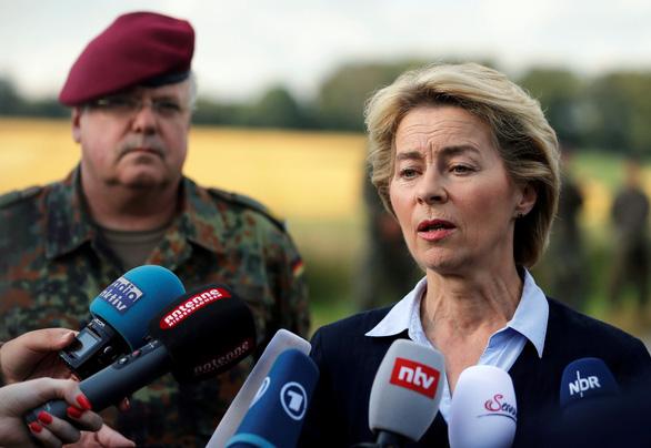 Nữ bộ trưởng Quốc phòng Đức làm chủ tịch Ủy ban châu Âu - Ảnh 1.