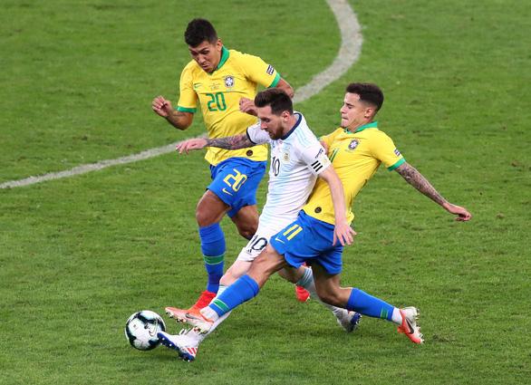 Messi bất lực, Argentina thua Brazil ở bán kết Copa America 2019 - Ảnh 2.