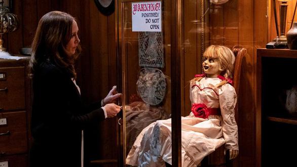 Người đàn ông chết bí ẩn khi xem phim kinh dị Annabelle - Ảnh 1.