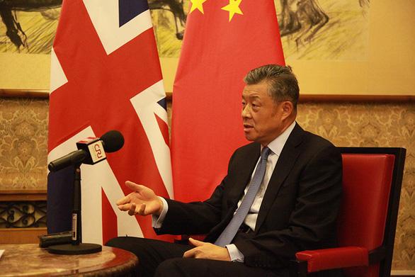 Trung Quốc cảnh cáo Anh đừng xen vào chuyện Hong Kong - Ảnh 1.