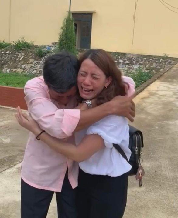 Cô gái Bạc Liêu hội ngộ gia đình sau 22 năm lưu lạc tại Trung Quốc - Ảnh 1.