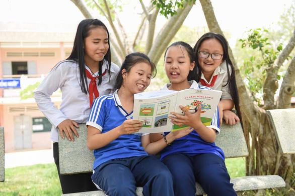 Nữ sinh vượt khó nhờ Room to Read - Kỳ 4: Giúp đỡ các thế hệ sau - Ảnh 1.