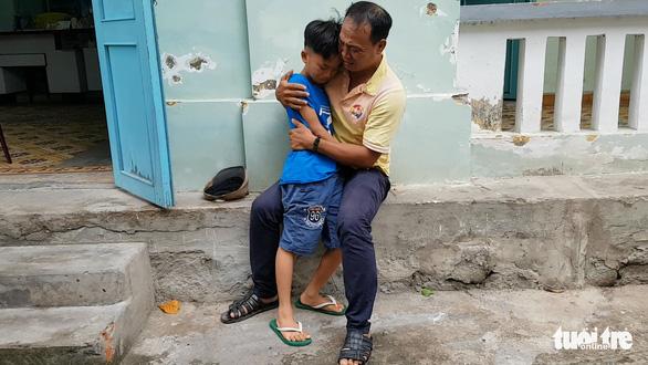 Người cha ở Sài Gòn đã tìm được con trai 8 tuổi sau 4 tháng lạc nhau - Ảnh 2.
