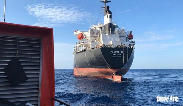 Hai lần lặn tìm 9 ngư dân Nghệ An mất tích bất thành - Ảnh 5.