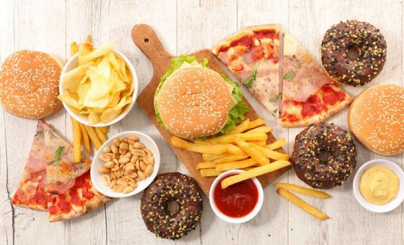 Nam giới mê pizza, fast food sẽ ít tinh trùng - Ảnh 1.