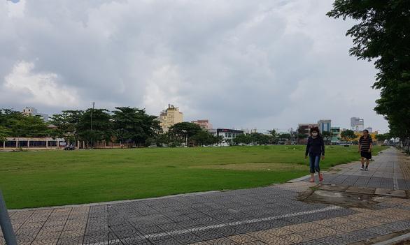 Ba doanh nghiệp lớn khởi kiện UBND TP Đà Nẵng - Ảnh 1.