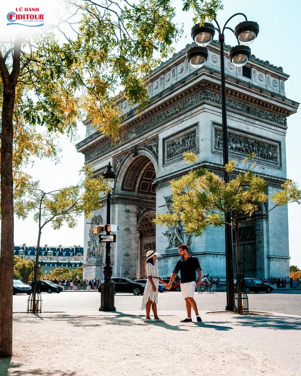Vì sao nên đến Paris mùa thu một lần trong đời? - Ảnh 1.