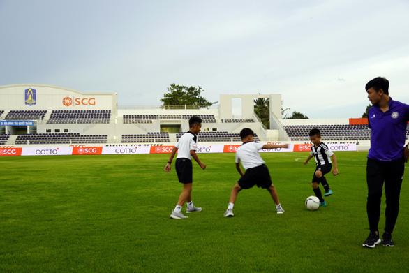 60 cầu thủ nhí trúng tuyển khóa đầu Học viện Juventus VN - Ảnh 1.