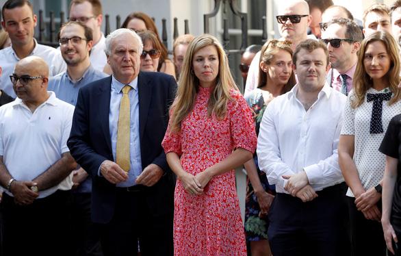 Đệ nhất bạn gái thủ tướng Anh là ai? - Ảnh 2.