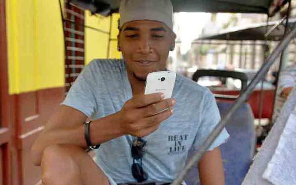 Cuba cho xài WiFi tại nhà riêng - Ảnh 1.