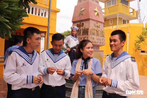 Gặp những chàng trai Đà Nẵng ở Trường Sa - Ảnh 1.