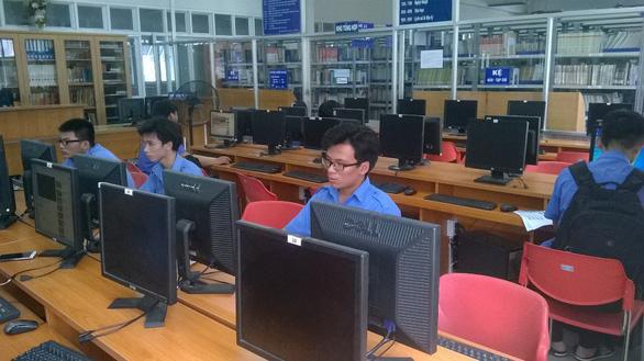 Điểm chuẩn Trường CĐ Kỹ thuật Cao Thắng tăng 1-2 điểm, 2.700 thí sinh trúng tuyển - Ảnh 1.