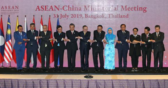 Việt Nam đưa chuyện tàu khảo sát Hải Dương 8 của Trung Quốc vào cuộc họp ASEAN - Ảnh 1.