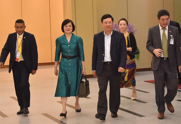 Biển Đông phủ bóng Hội nghị ngoại trưởng ASEAN - Ảnh 1.