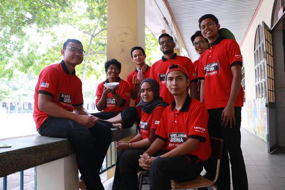 Tình nguyện viên quốc tế học tiếng Việt, trồng cây xanh ở Việt Nam - Ảnh 6.