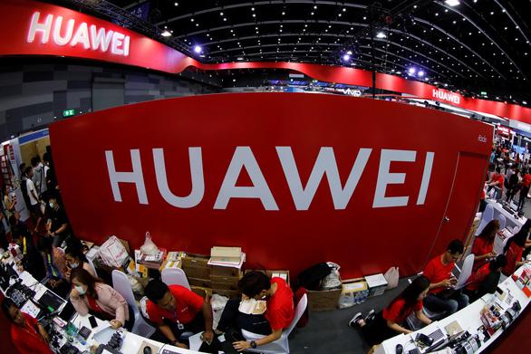 Truyền thông Mỹ nói Huawei có 'cửa sau' thâm nhập các mạng di động toàn cầu - Ảnh 1.