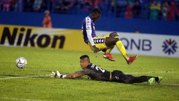 Văn Quyết giúp Hà Nội đánh bại Bình Dương ở chung kết lượt đi AFC Cup 2019 - Ảnh 3.