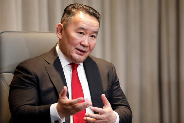 Quà đi Mỹ của Tổng thống Mông Cổ là ngựa quý tượng trưng - Ảnh 1.