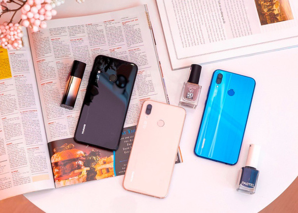 Những smartphone nào đã đưa Huawei thành thương hiệu smartphone thứ 2 toàn cầu? - Ảnh 2.