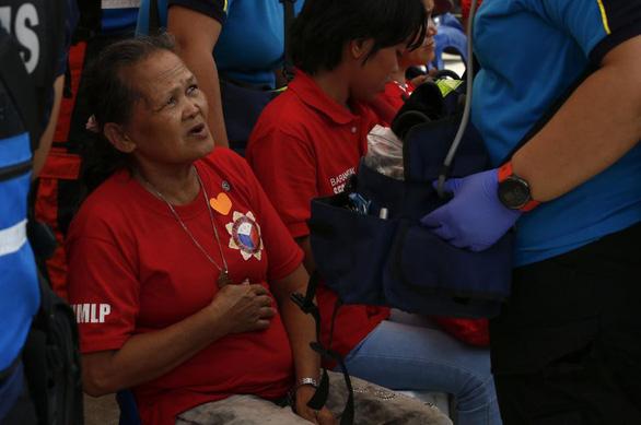 Mừng sinh nhật cựu đệ nhất phu nhân, hơn 260 người ngộ độc nhập viện - Ảnh 1.