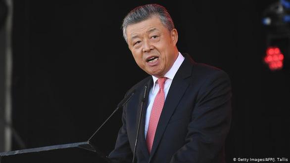 Anh triệu tập đại sứ Trung Quốc phản đối những phát biểu liên quan vụ Hong Kong - Ảnh 1.