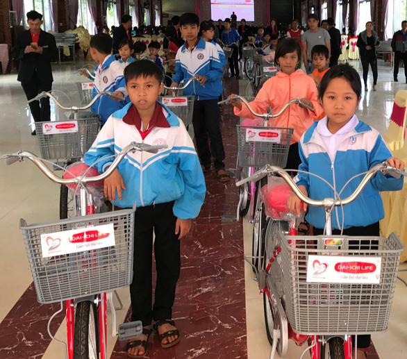 Dai-ichi Việt Nam phát động chương trình gây quỹ hỗ trợ cộng đồng - Ảnh 1.