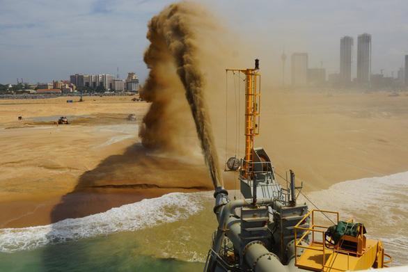 Singapore sẽ lao đao vì lệnh cấm xuất khẩu cát của Malaysia? - Ảnh 1.
