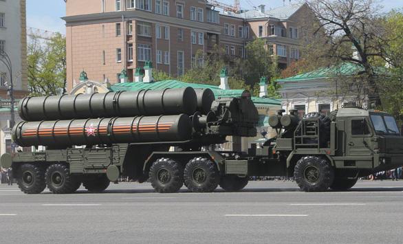 Nga sẽ bàn giao S-400 cho Thổ Nhĩ Kỳ bất chấp đe dọa trừng phạt của Mỹ - Ảnh 1.