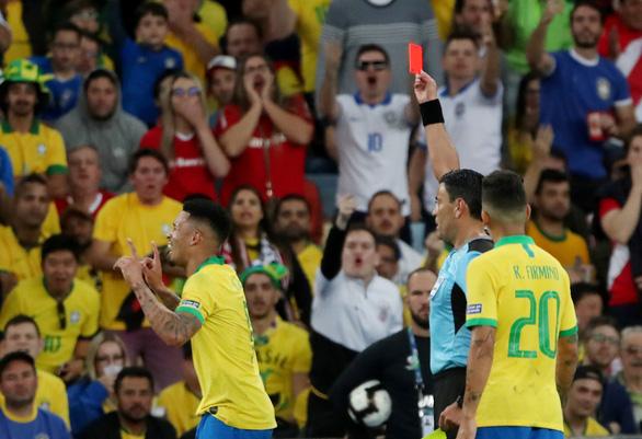 Peru chơi tấn công, nhưng Brazil đã vô địch Copa America 2019 với 10 người - Ảnh 6.