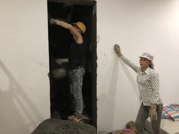 Chuyện lạ đời: Nhà chưa trát xong tường đã gửi giấy bàn giao căn hộ - Ảnh 11.
