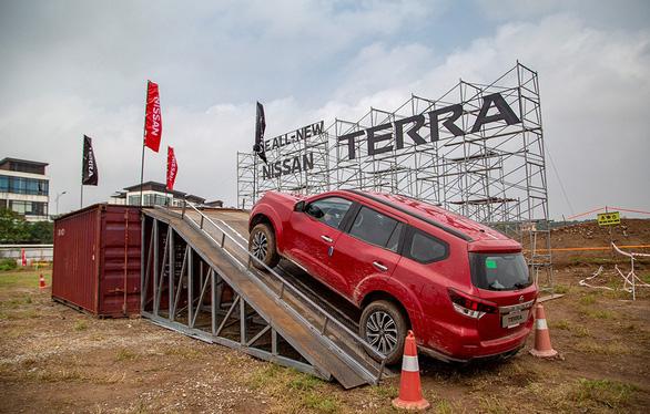 Mua Nissan Terra trong tháng 7, nhận ngay ưu đãi lớn - Ảnh 1.