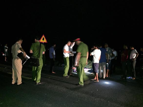Khởi tố tài xế ôtô tông 3 em nhỏ chết tại chỗ - Ảnh 1.