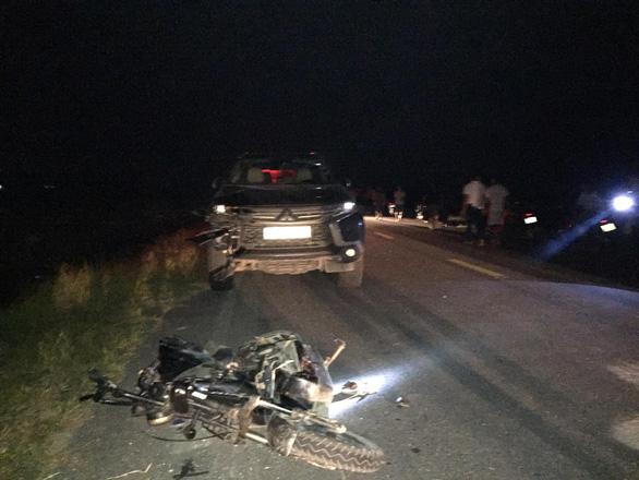 Ôtô 7 chỗ tông xe đạp điện, 3 em nhỏ 4 đến 12 tuổi chết tại chỗ - Ảnh 3.