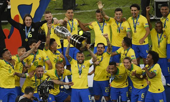 Thế hệ vàng của bóng đá Brazil - Ảnh 1.