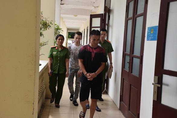 22 thanh niên Hà Nội về Sầm Sơn làm sinh nhật quay cuồng với ma túy - Ảnh 1.