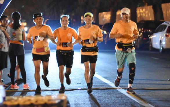 Giấc mơ marathon và cuộc chiến với bệnh hen - Ảnh 1.