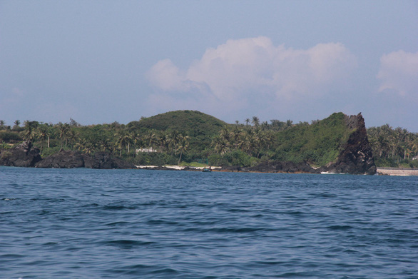 Trình HĐND việc thu phí du khách tham quan đảo Lý Sơn - Ảnh 1.