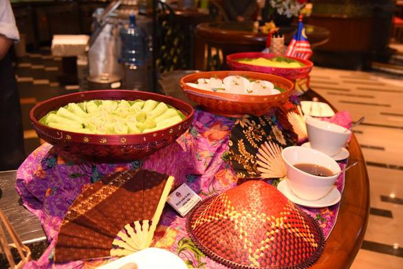 Lễ hội ẩm thực và sản phẩm Malaysia tại khách sạn Windsor Plaza - Ảnh 4.