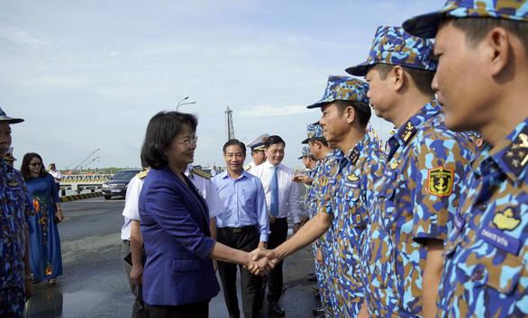 Phó chủ tịch nước Đặng Thị Ngọc Thịnh thăm tiểu đoàn DK1 - Ảnh 4.