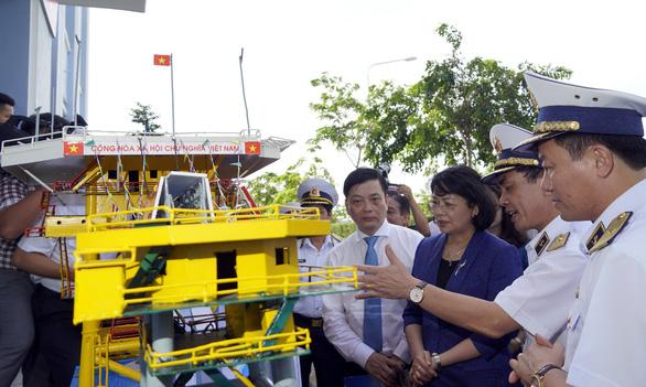 Phó chủ tịch nước Đặng Thị Ngọc Thịnh thăm tiểu đoàn DK1 - Ảnh 3.