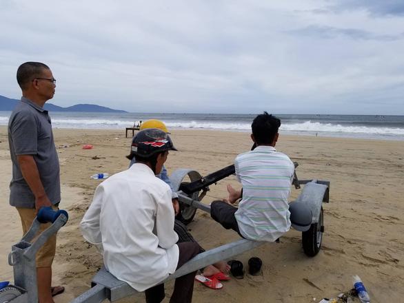 Thi thể học sinh tắm biển ở Đà Nẵng được phát hiện cách hiện trường 2km - Ảnh 3.