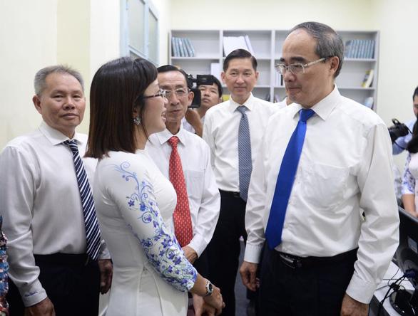 Khánh thành Trung tâm mô phỏng và dự báo kinh tế xã hội TP.HCM - Ảnh 1.