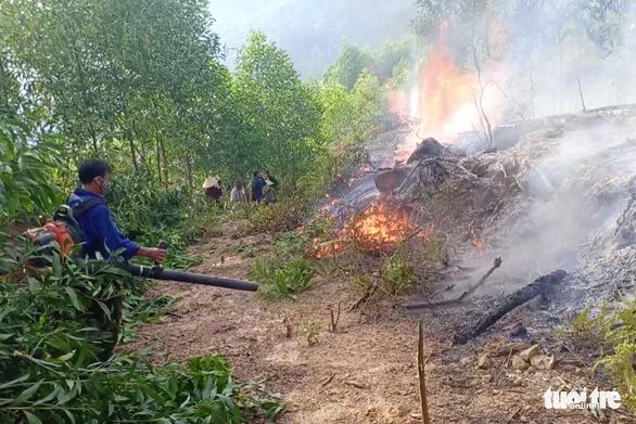 Khởi tố thiếu niên 3 lần đốt rừng để 'trả thù' ở Nghệ An - Ảnh 1.