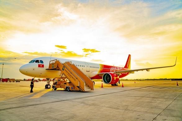 Lợi nhuận Vietjet hơn gấp 10 Vietnam Airlines trong quý 2 - Ảnh 1.