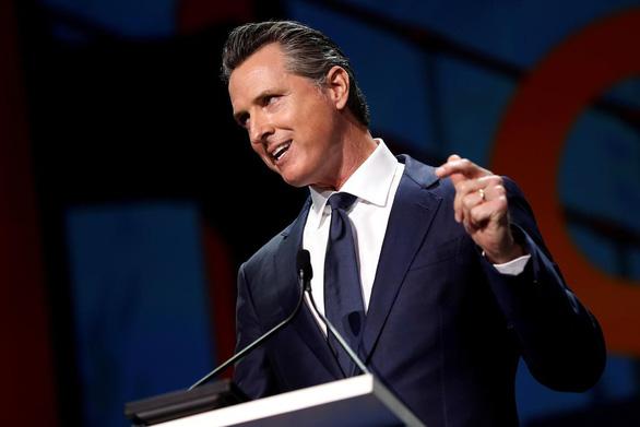 Thống đốc California ân xá, không trục xuất công dân gốc Việt theo kế hoạch - Ảnh 1.