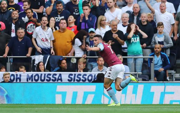 Kane lập cú đúp trong 5 phút, Tottenham thắng ngược Aston Villa phút cuối - Ảnh 1.