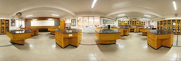Nhiều phương thức xét tuyển để học ngành dược sĩ đại học tại ĐH Duy Tân - Ảnh 1.