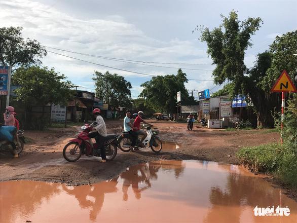 Vùng rốn lũ khắc phục hậu quả mưa bão - Ảnh 4.